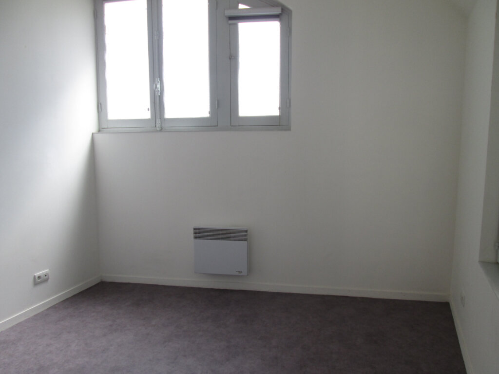 Appartement à louer 2 45.5m2 à Chinon vignette-6