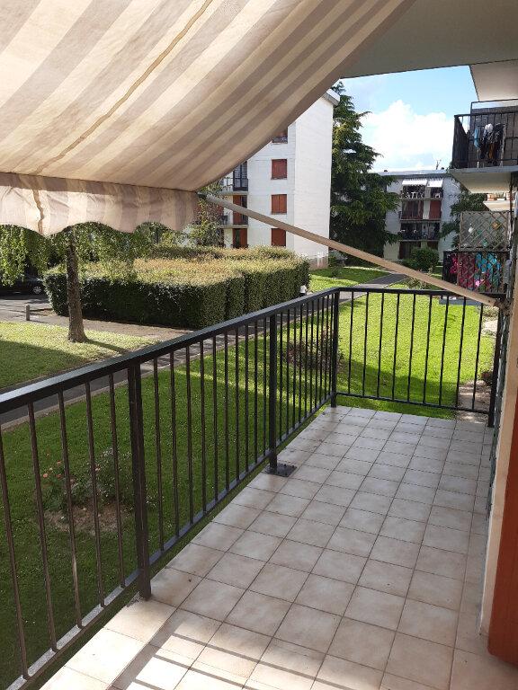Appartement à louer 3 57.02m2 à Joué-lès-Tours vignette-5