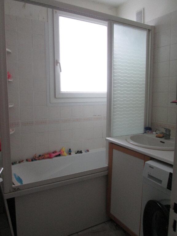 Appartement à louer 4 68.37m2 à Joué-lès-Tours vignette-5