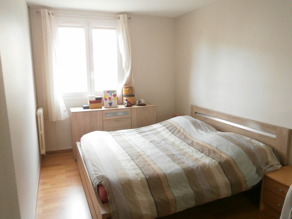 Appartement à louer 4 68.37m2 à Joué-lès-Tours vignette-10