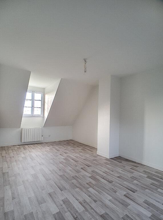 Maison à louer 5 110.54m2 à Joué-lès-Tours vignette-7