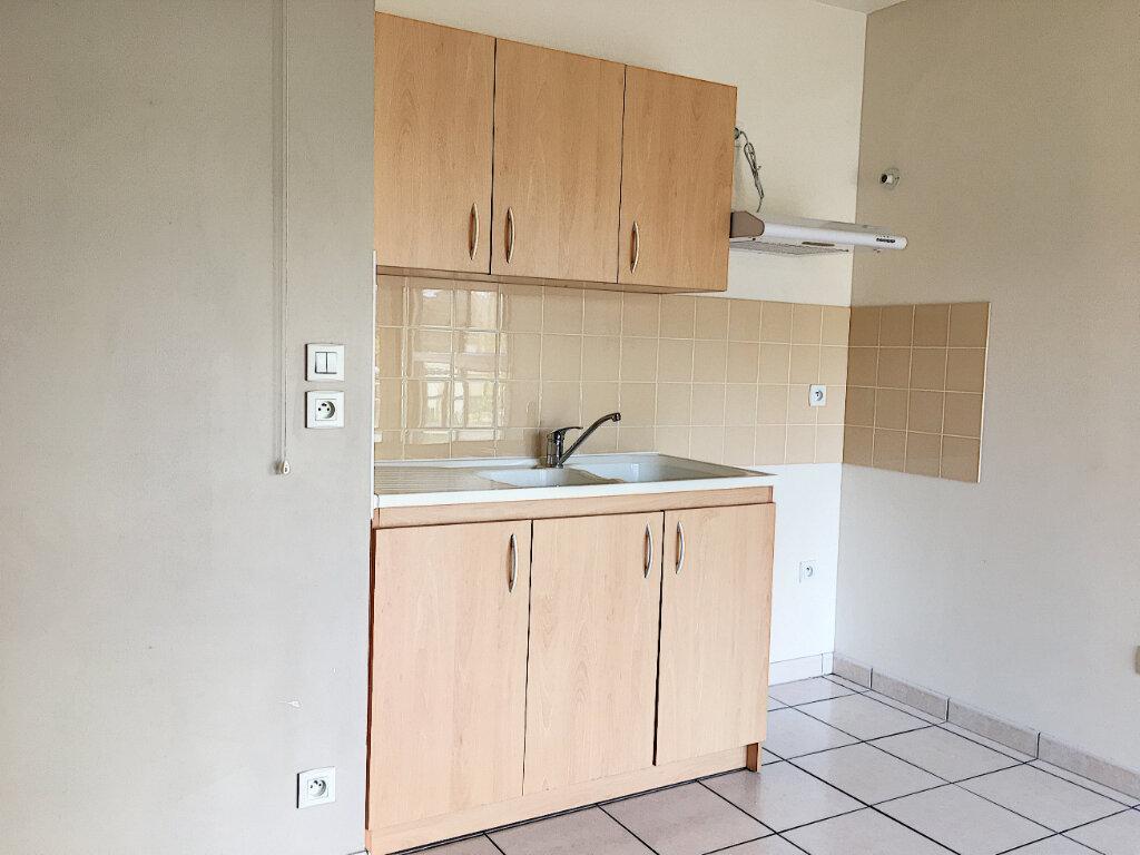 Appartement à louer 2 48.48m2 à Tours vignette-4