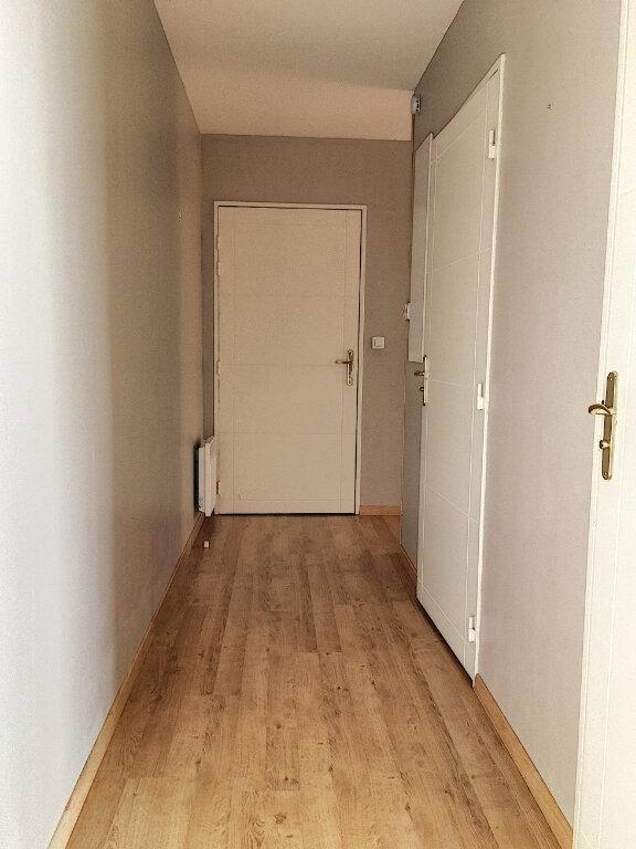 Appartement à louer 2 48.48m2 à Tours vignette-6