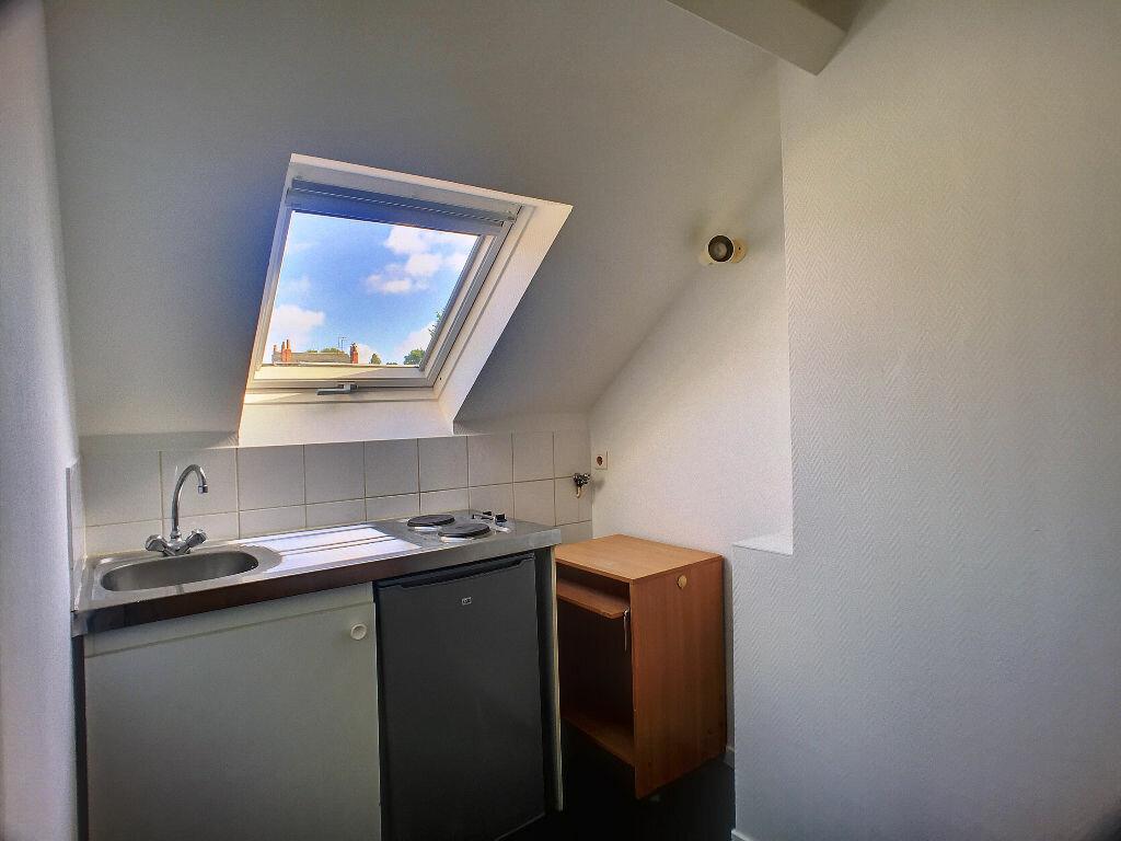 Appartement à louer 2 28.94m2 à Tours vignette-2