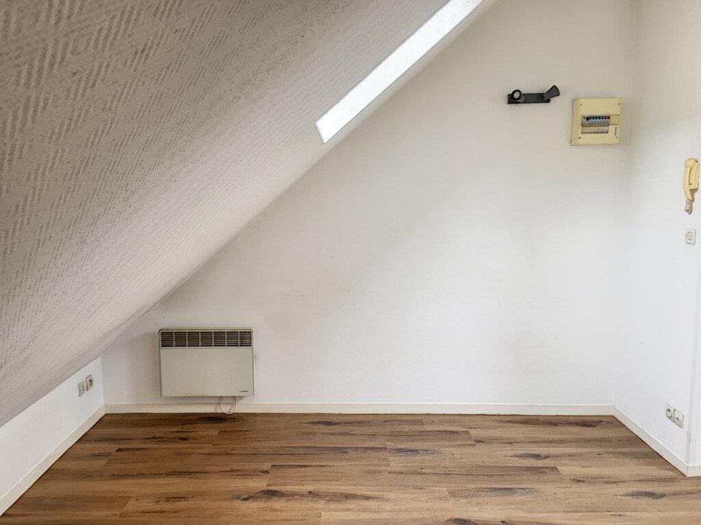 Appartement à louer 1 11.76m2 à Tours vignette-1