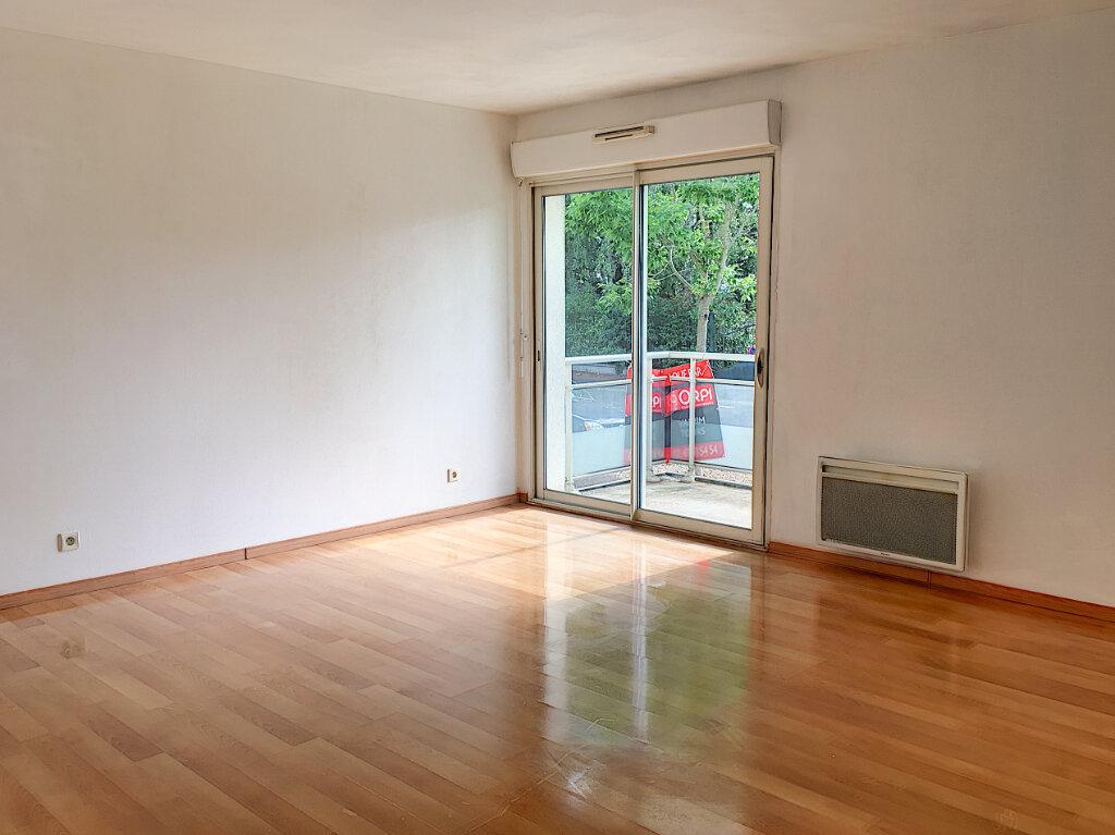 Appartement à louer 2 48.48m2 à Tours vignette-1