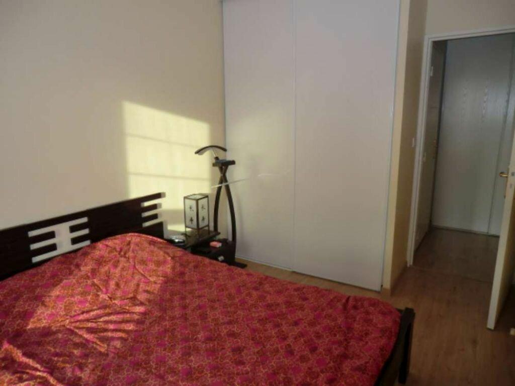 Appartement à louer 3 64.18m2 à Tours vignette-5