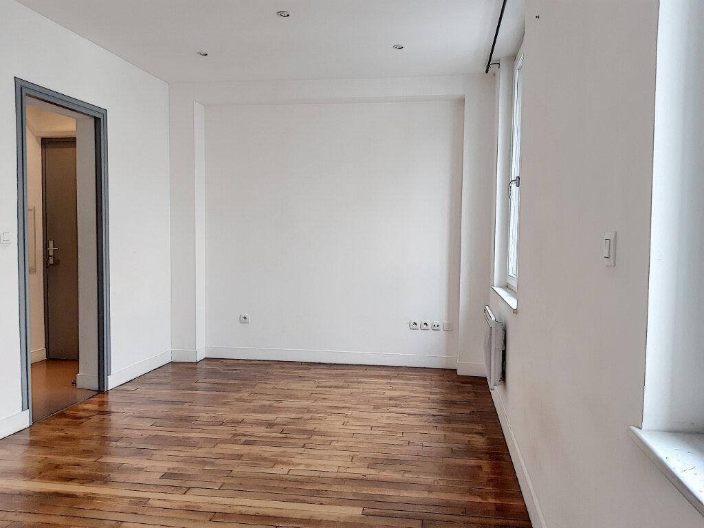 Appartement à louer 2 37.53m2 à Tours vignette-2