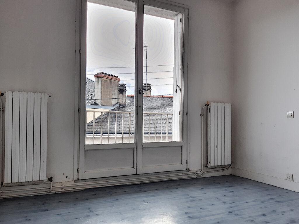 Appartement à louer 3 72.42m2 à Tours vignette-8