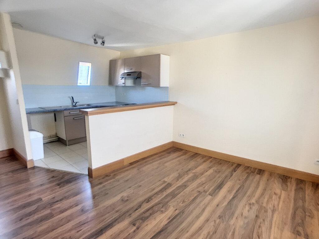 Appartement à louer 2 35.32m2 à Tours vignette-2