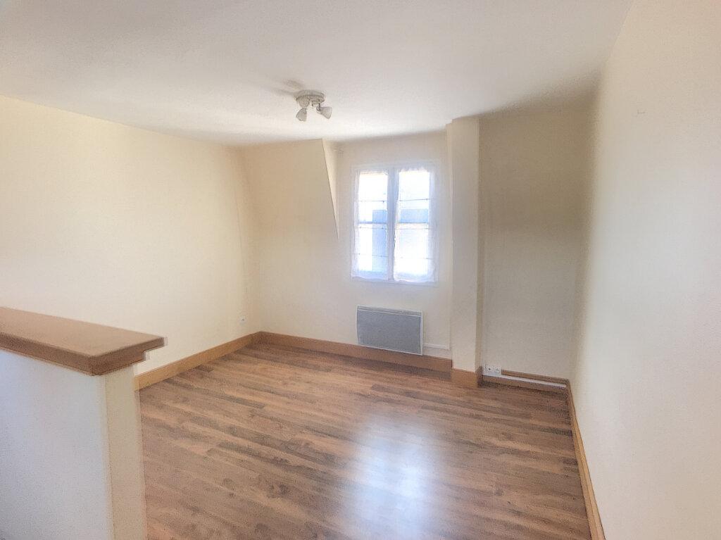 Appartement à louer 2 35.32m2 à Tours vignette-4