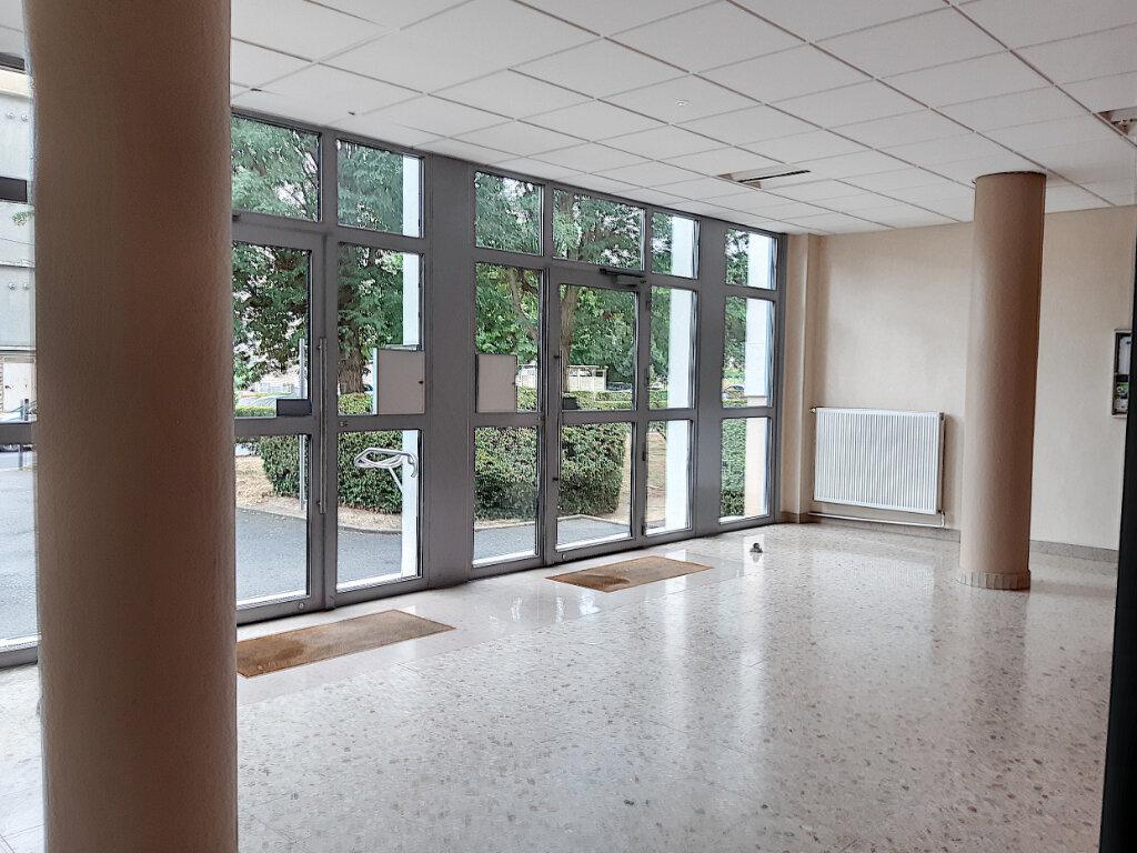 Appartement à louer 2 45.28m2 à La Riche vignette-6