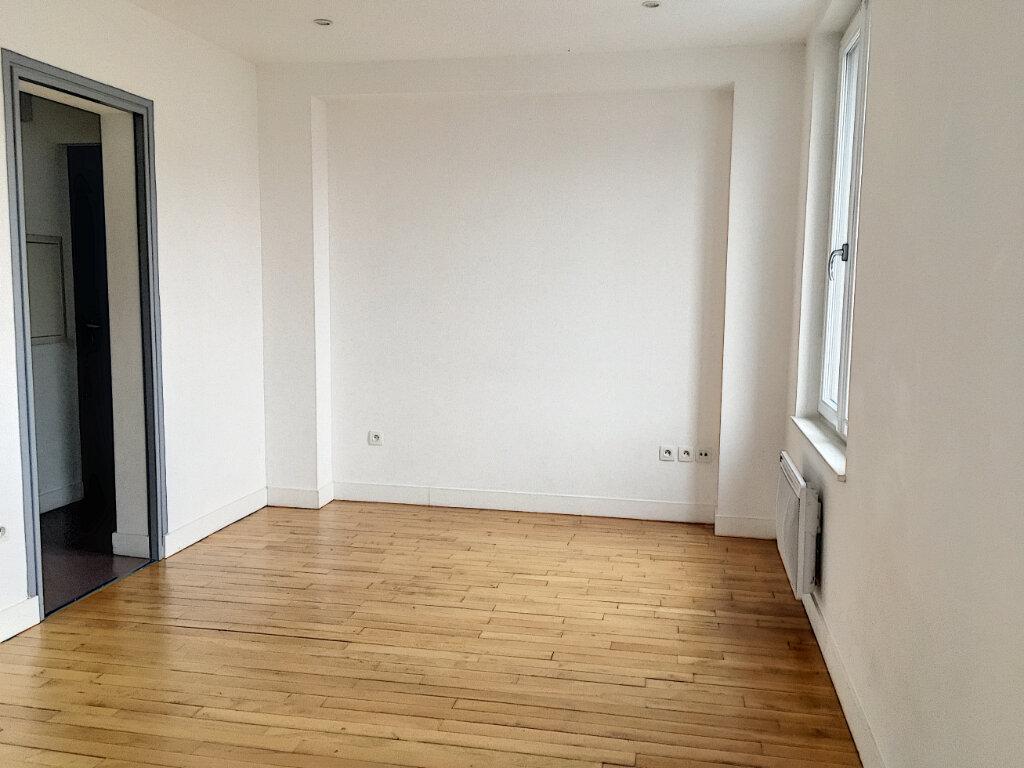 Appartement à louer 2 35.96m2 à Tours vignette-2