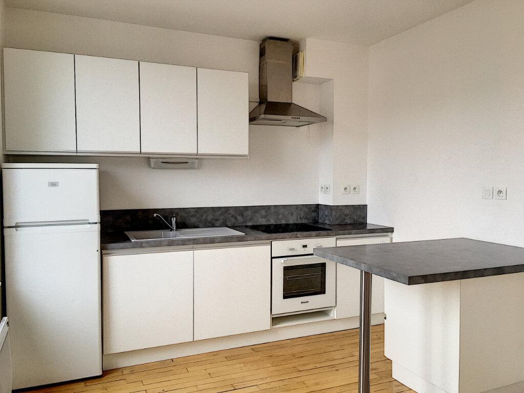 Appartement à louer 2 35.96m2 à Tours vignette-3