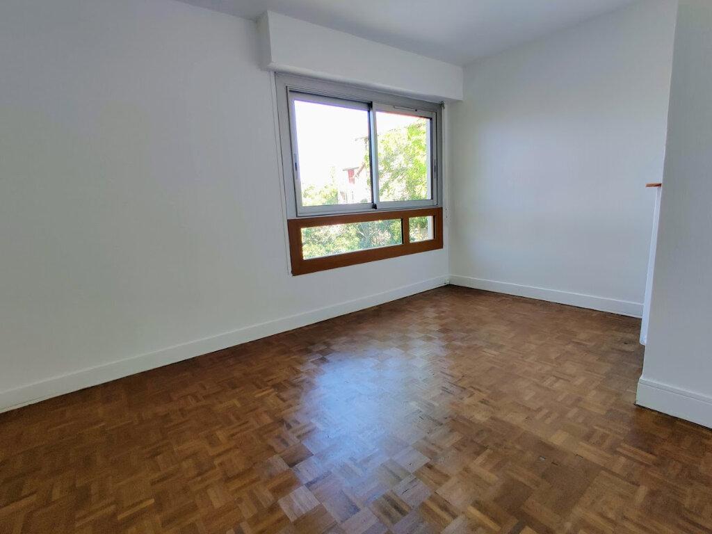 Appartement à vendre 3 56.86m2 à Argenteuil vignette-4