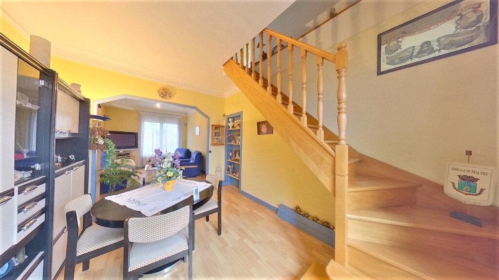 Appartement à vendre 5 70m2 à Argenteuil vignette-5