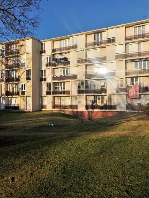 Appartement à vendre 4 59m2 à Argenteuil vignette-1