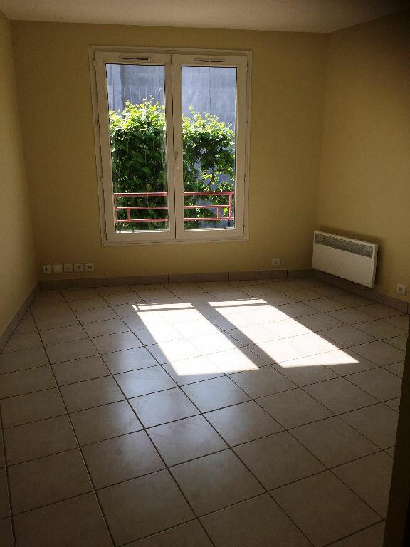 Appartement à louer 1 19.55m2 à La Garenne-Colombes vignette-4