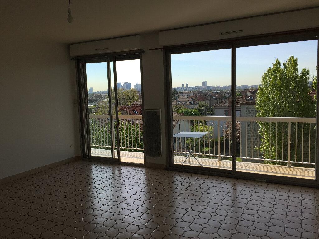 Appartement à louer 3 62.51m2 à Houilles vignette-2