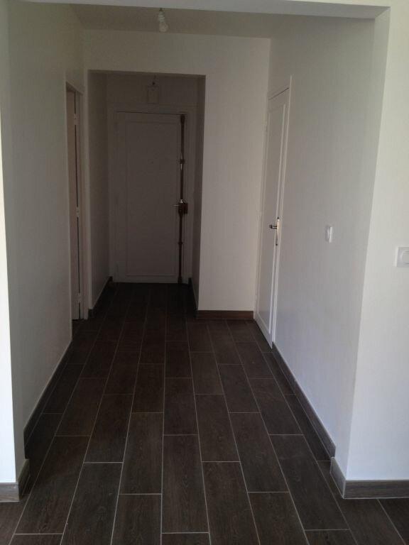 Appartement à louer 3 84.68m2 à Paris 16 vignette-2