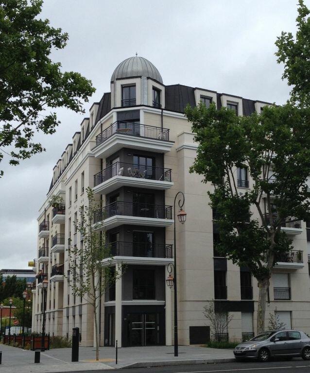 Appartement à louer 3 53.67m2 à Bois-Colombes vignette-1