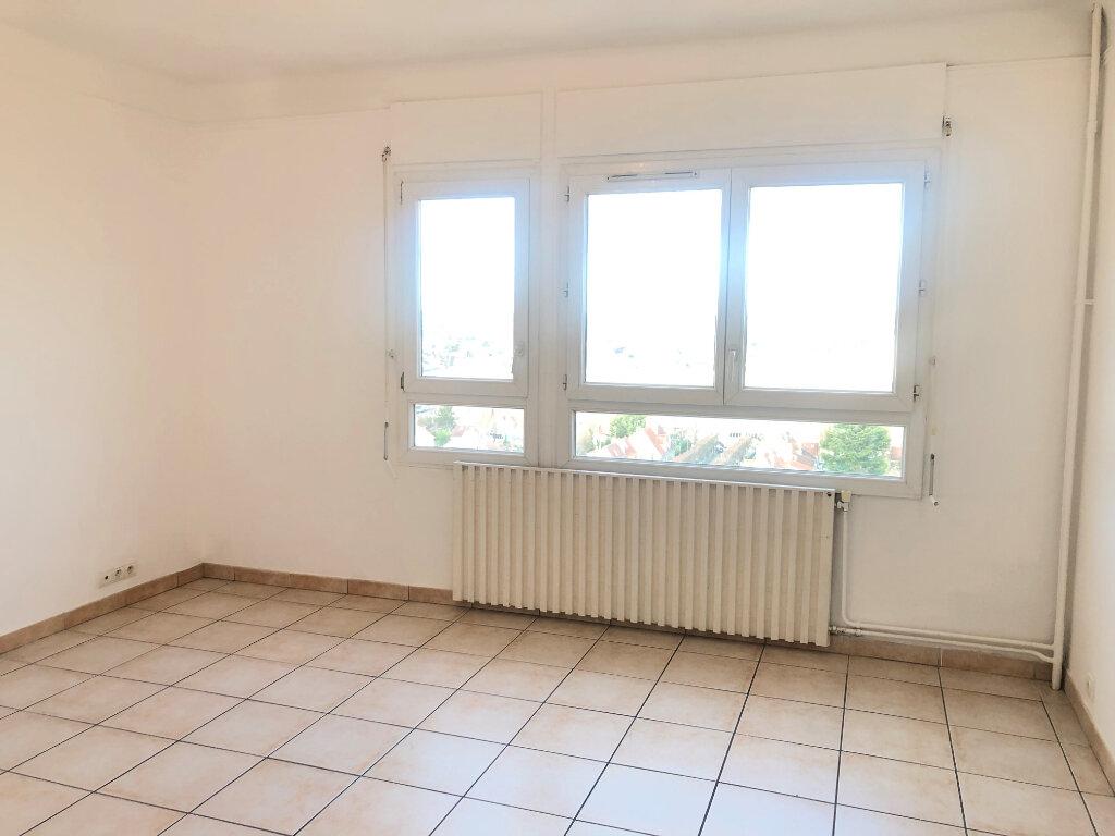 Appartement à louer 3 52.65m2 à Sartrouville vignette-1
