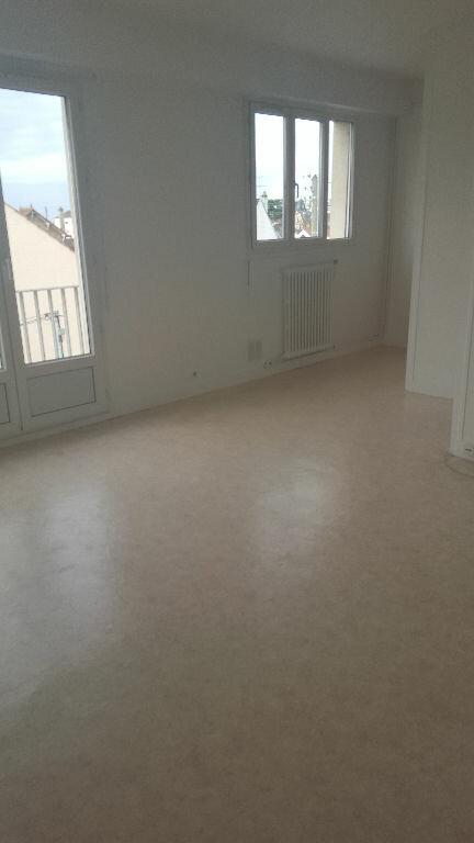 Appartement à louer 1 27.43m2 à Sartrouville vignette-2