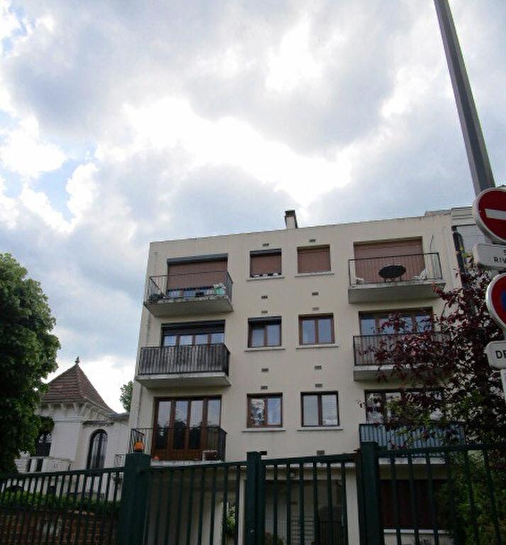 Appartement à louer 2 37.51m2 à Maisons-Laffitte vignette-1