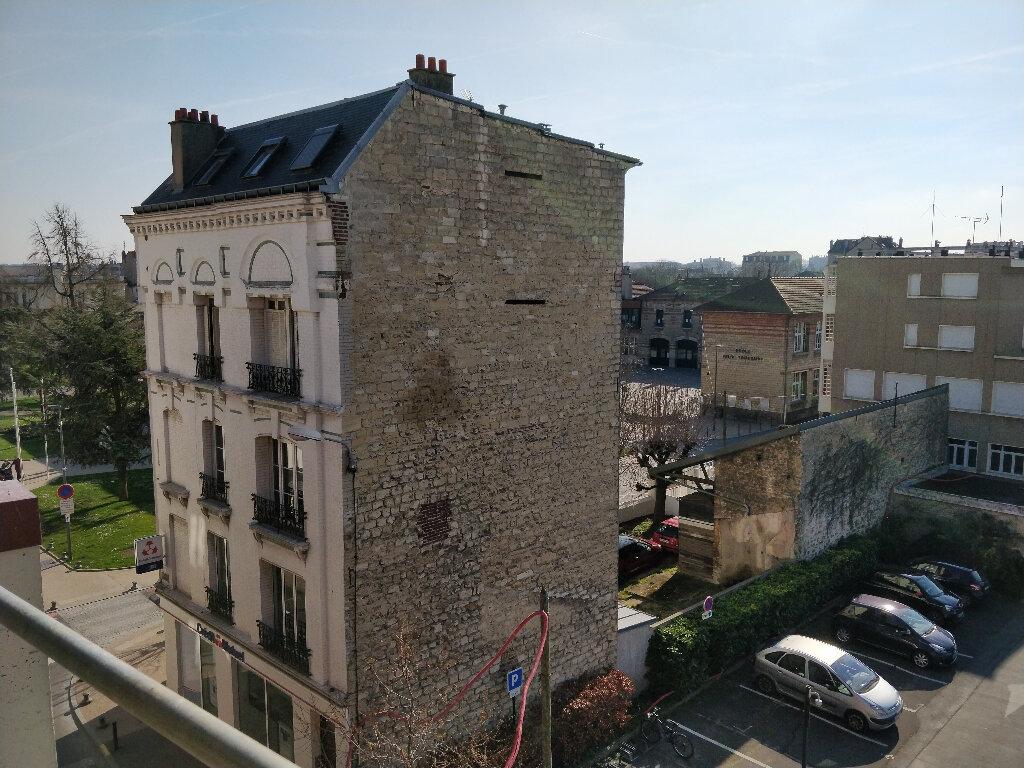 Appartement à vendre 4 88.65m2 à Houilles vignette-5