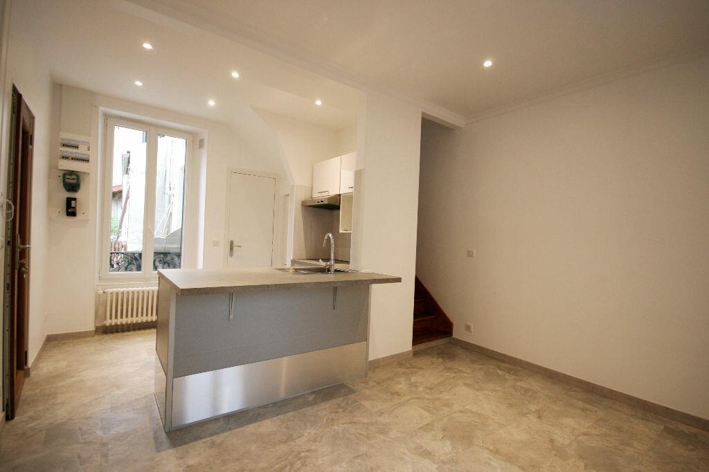 Appartement à louer 4 51.53m2 à Houilles vignette-1