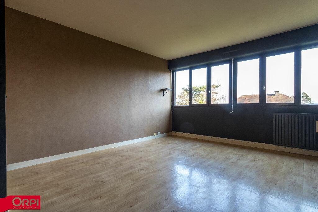 Appartement à louer 4 79.2m2 à Carrières-sur-Seine vignette-3