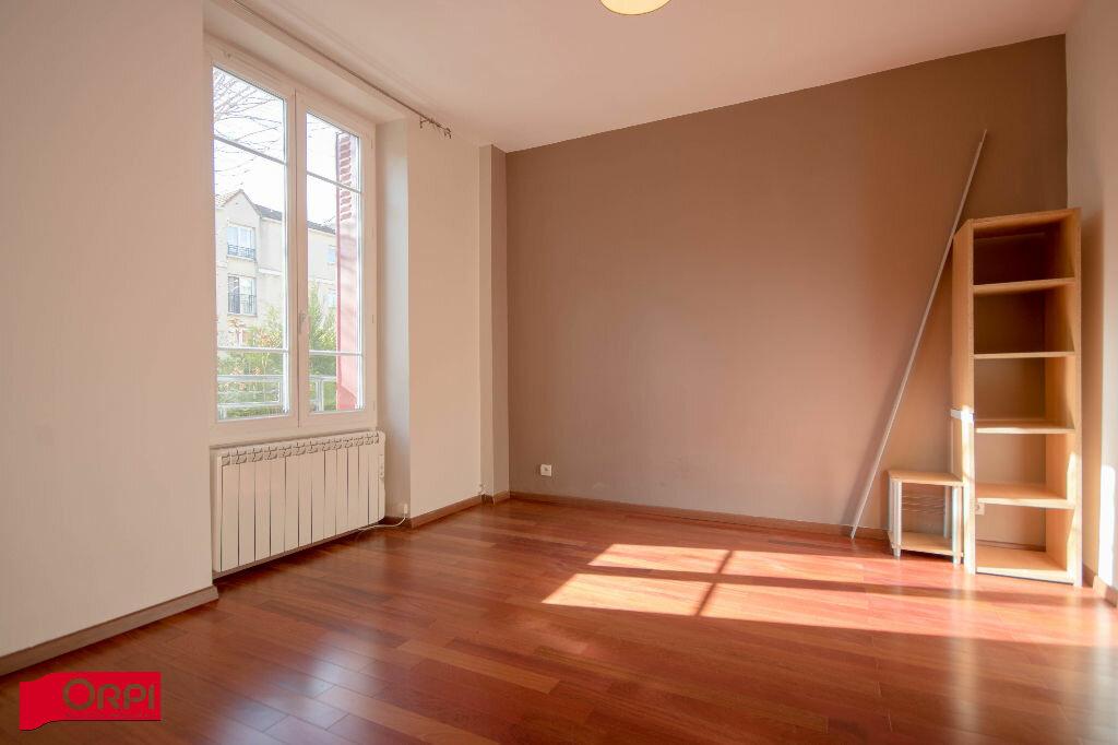 Appartement à louer 2 47.89m2 à Argenteuil vignette-1