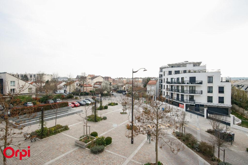 Appartement à vendre 3 67m2 à Rueil-Malmaison vignette-1