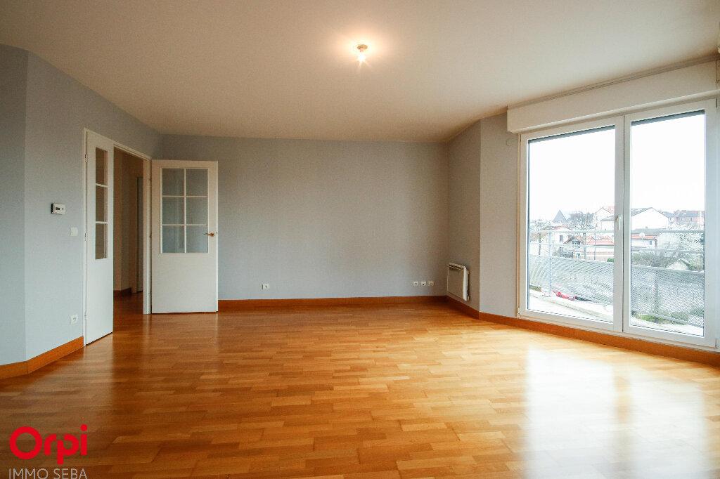 Appartement à vendre 3 67m2 à Rueil-Malmaison vignette-4