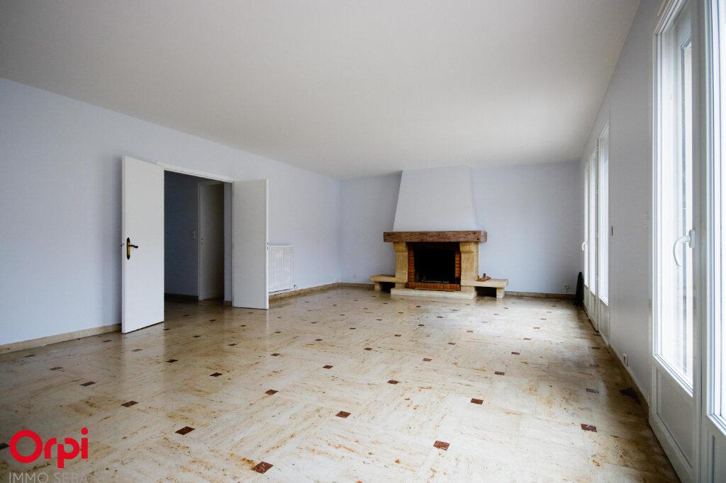 Appartement à louer 5 118m2 à Houilles vignette-2