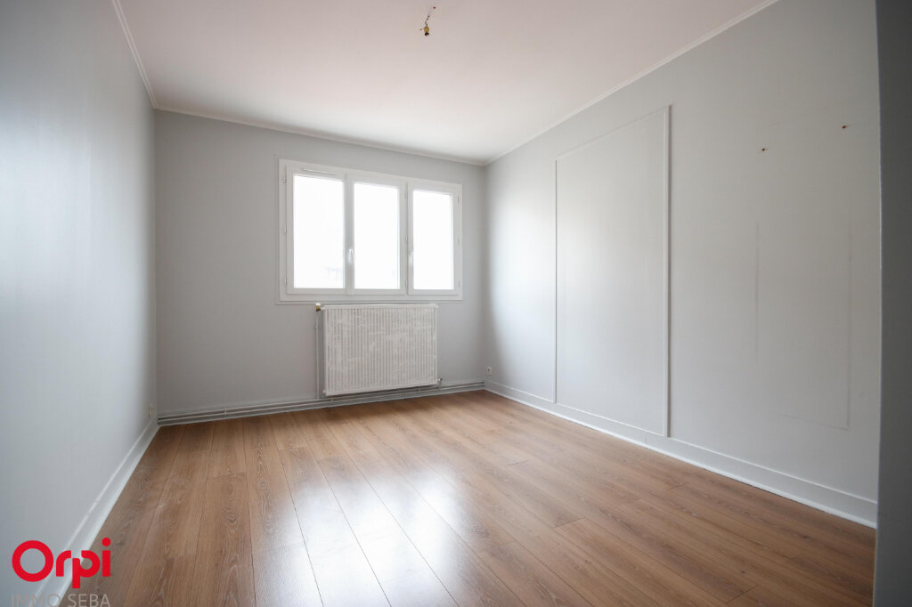 Appartement à louer 5 118m2 à Houilles vignette-6