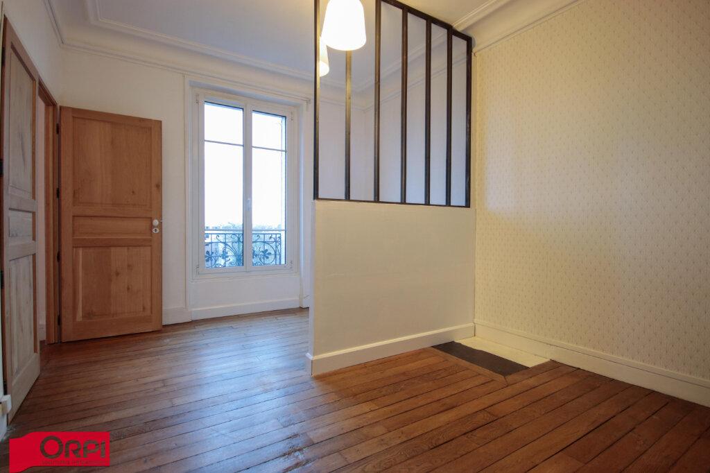 Appartement à louer 3 49.9m2 à Houilles vignette-4