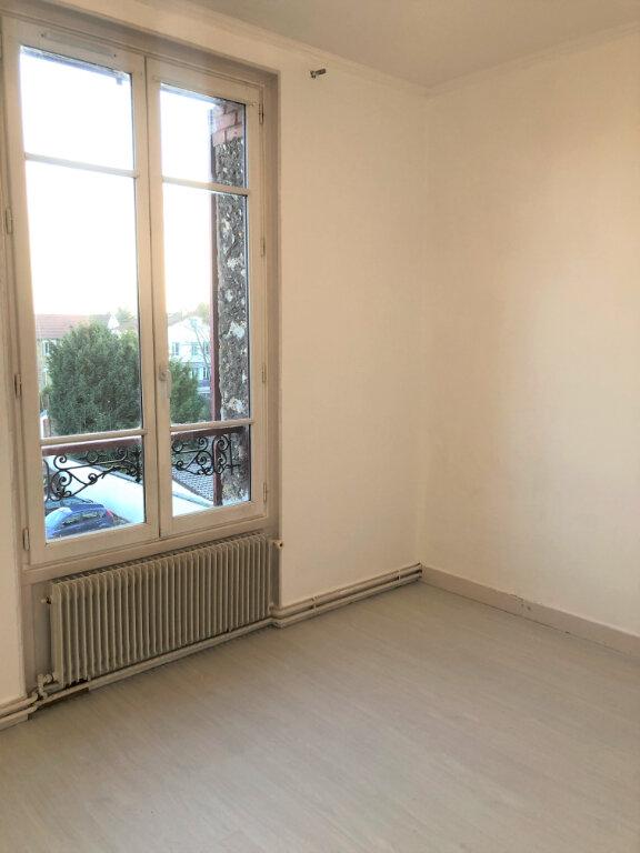 Appartement à louer 3 48.8m2 à Houilles vignette-5