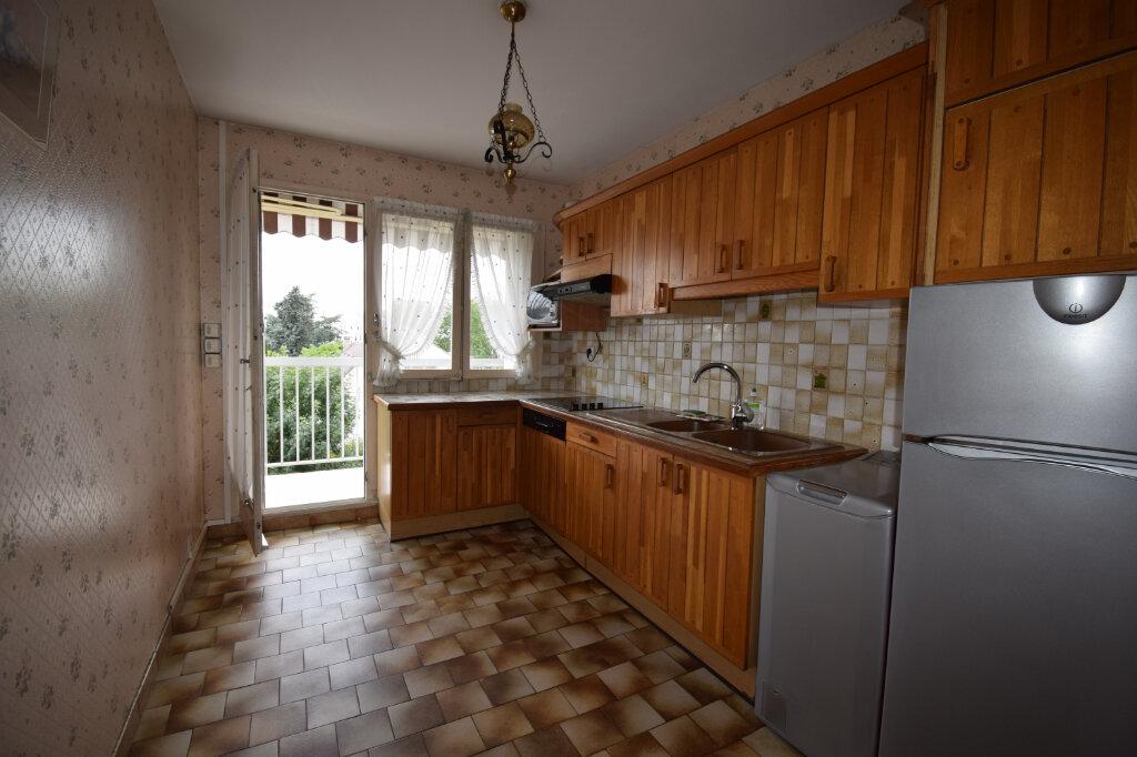 Appartement à vendre 4 80m2 à Ermont vignette-3