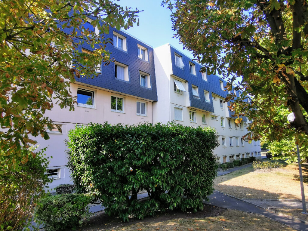 Appartement à vendre 3 66m2 à Ermont vignette-1