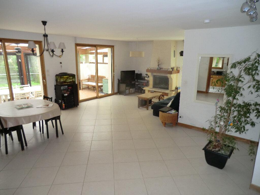 Maison à vendre 7 183m2 à Méry-sur-Oise vignette-1
