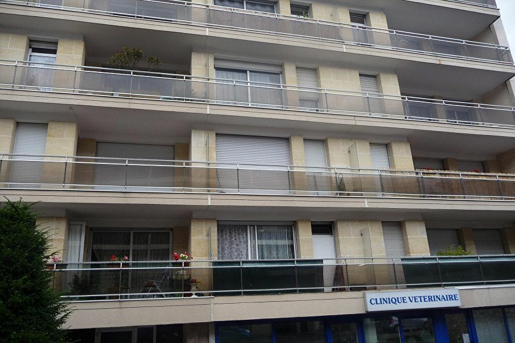 Appartement à louer 1 34m2 à Sannois vignette-1