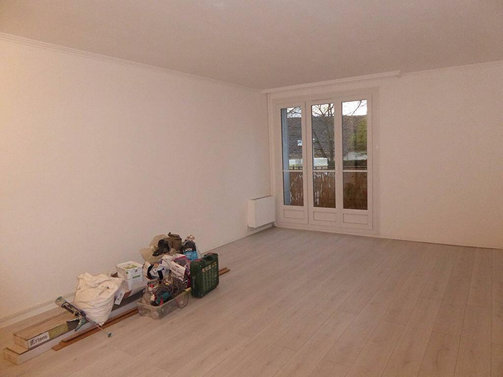 Appartement à louer 3 56.4m2 à Taverny vignette-2