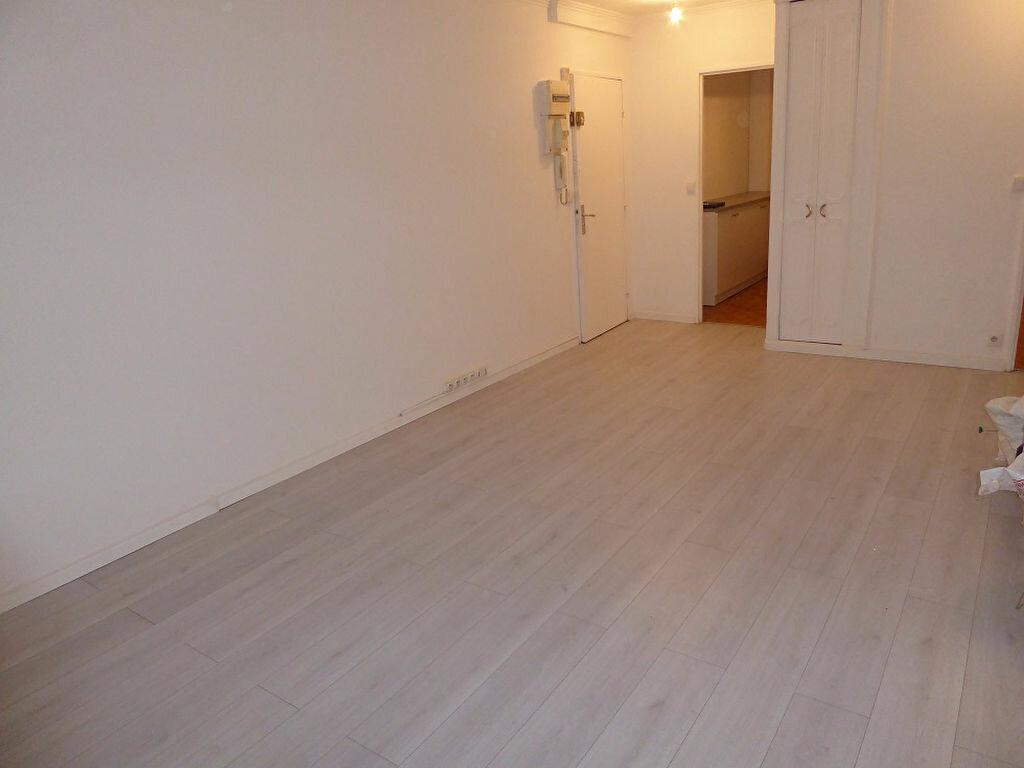 Appartement à louer 3 56.4m2 à Taverny vignette-3