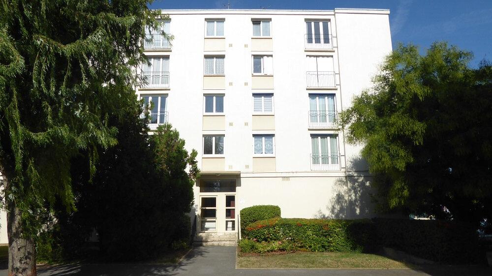 Appartement à louer 4 68.76m2 à Taverny vignette-8
