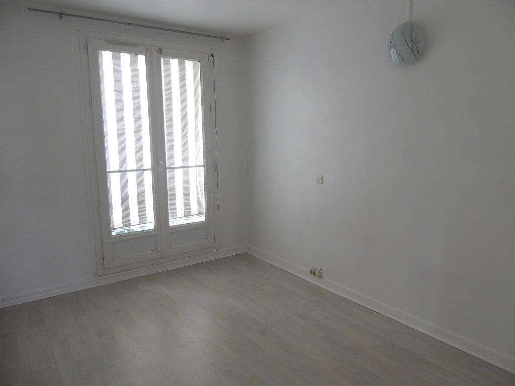 Appartement à louer 4 72.68m2 à Franconville vignette-5