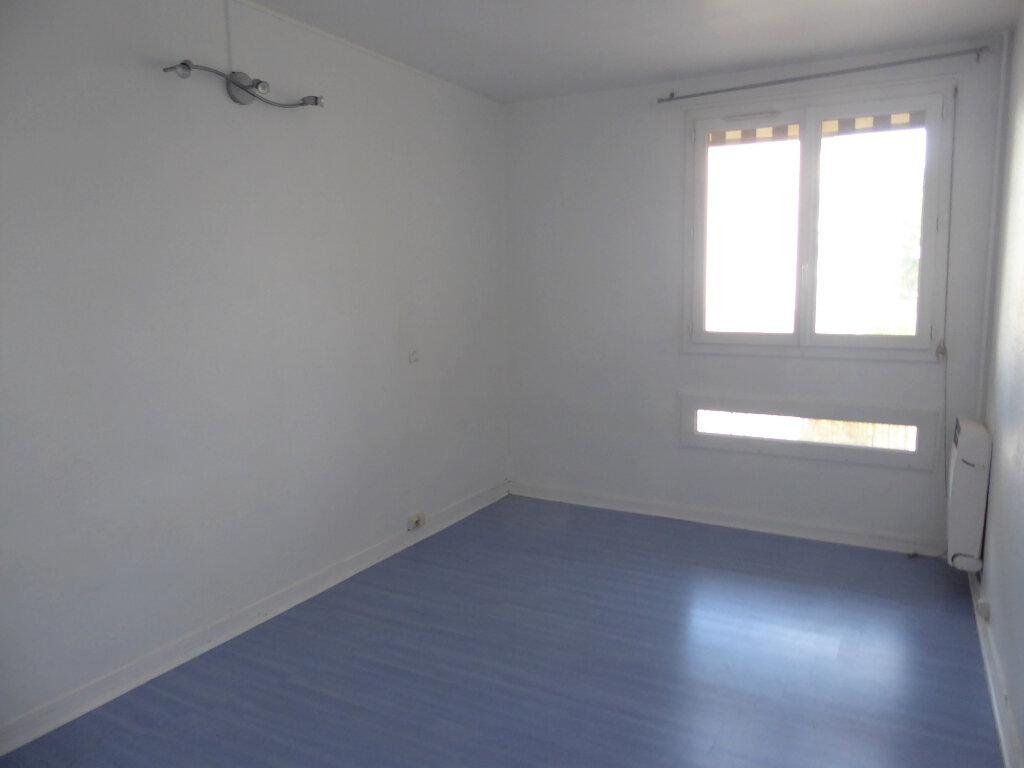 Appartement à louer 4 72.68m2 à Franconville vignette-6