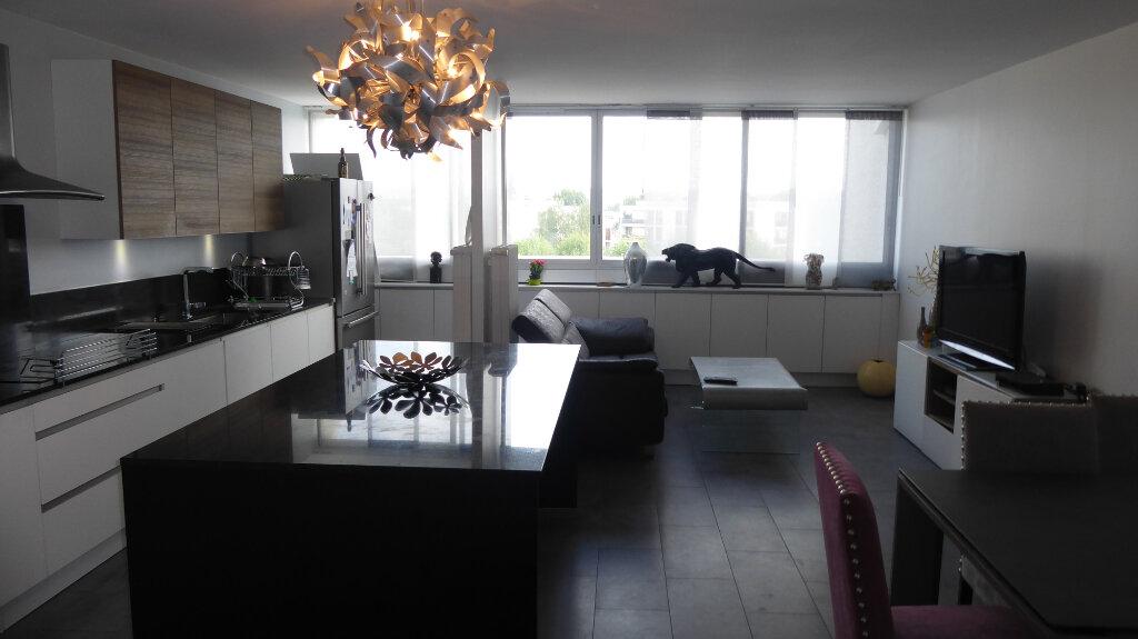Appartement à vendre 5 104m2 à Franconville vignette-1