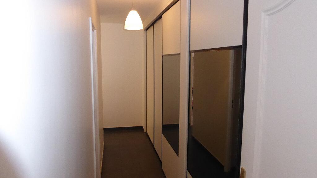 Appartement à vendre 5 104m2 à Franconville vignette-3