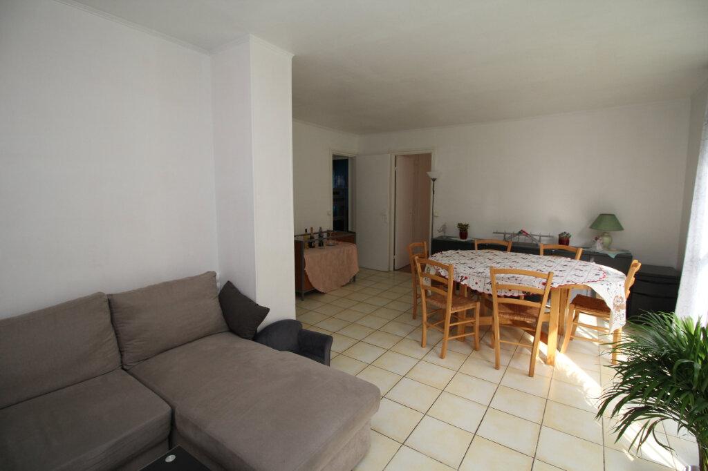 Appartement à vendre 4 61.72m2 à Franconville vignette-3